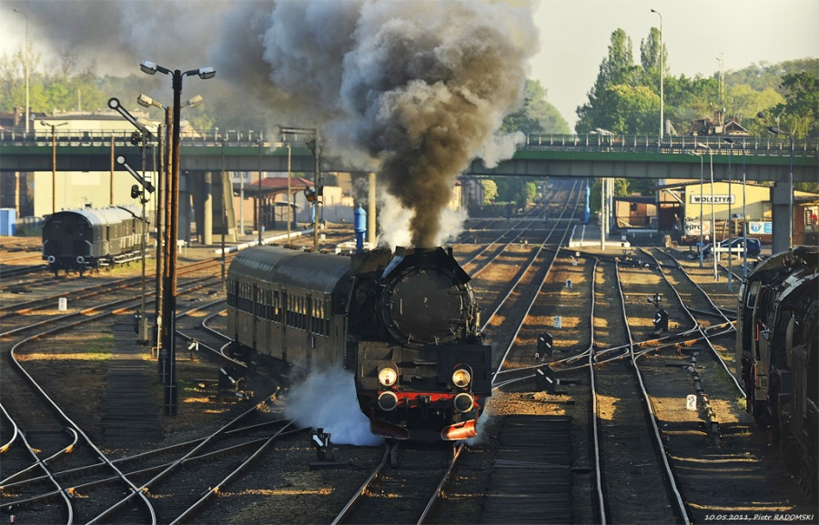 Wolsztyn. Pociąg osobowy Wolsztyn - Leszno.