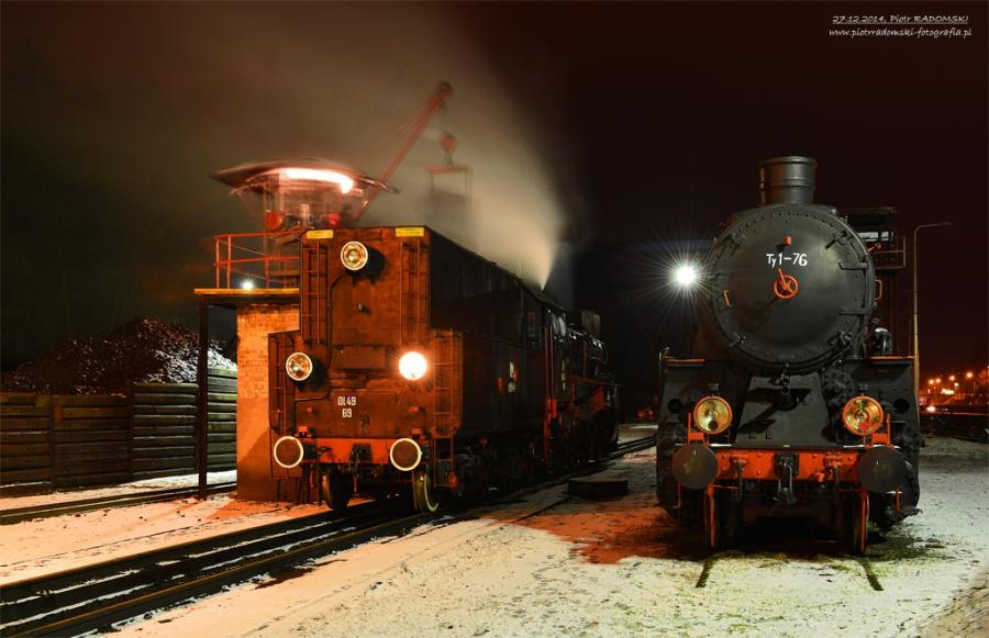 Parowozownia Wolsztyn; nawęglanie parowozu Ol49-69