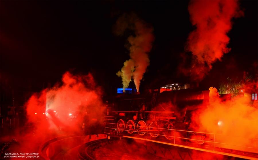 """Parowozownia Wolsztyn prezentacja parowozu Ty42-107 podczas """"PARADY PAROWOZÓW 2014"""""""
